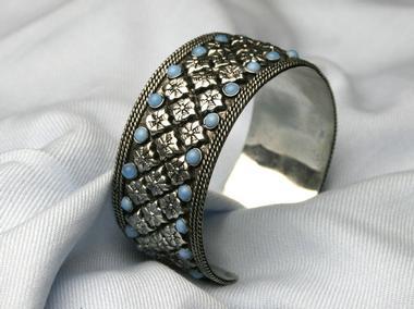 Mothers Day Idea #4 – Fabulous Dahl Cuff Bracelet
