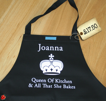 perosnlaised queen of kitchen apron