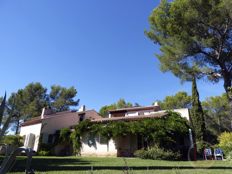 les suvieres villa in la crau review