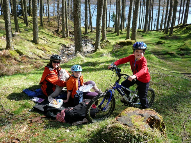 family cycling scotland