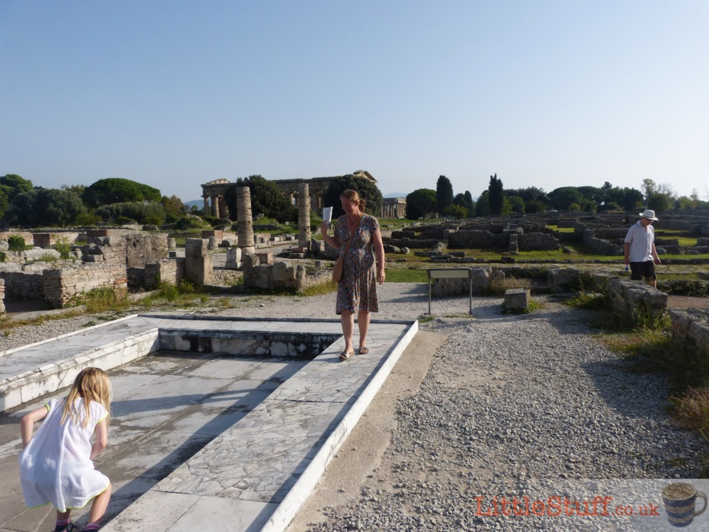 family-exploring-paestum