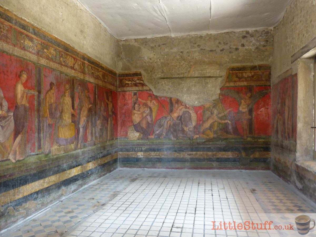 inside the mystery house pompeii