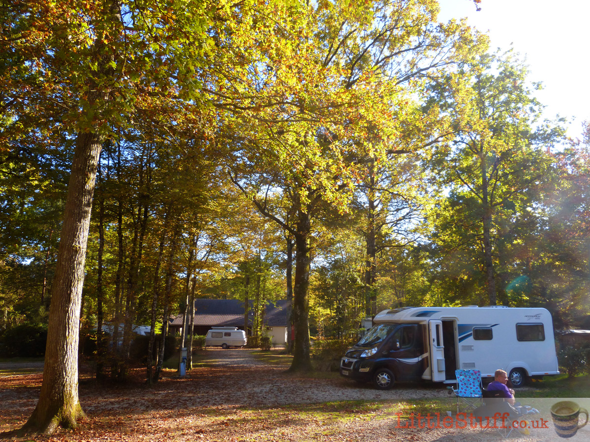 motorhome-camping-bois-guillaume