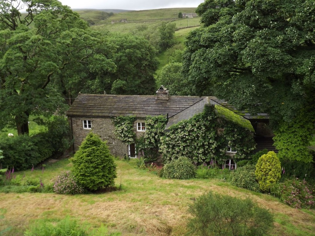 ing heads cottage in yorkshire