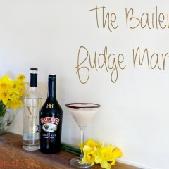 Easter Cocktails? I give you my Baileys Fudge Martini