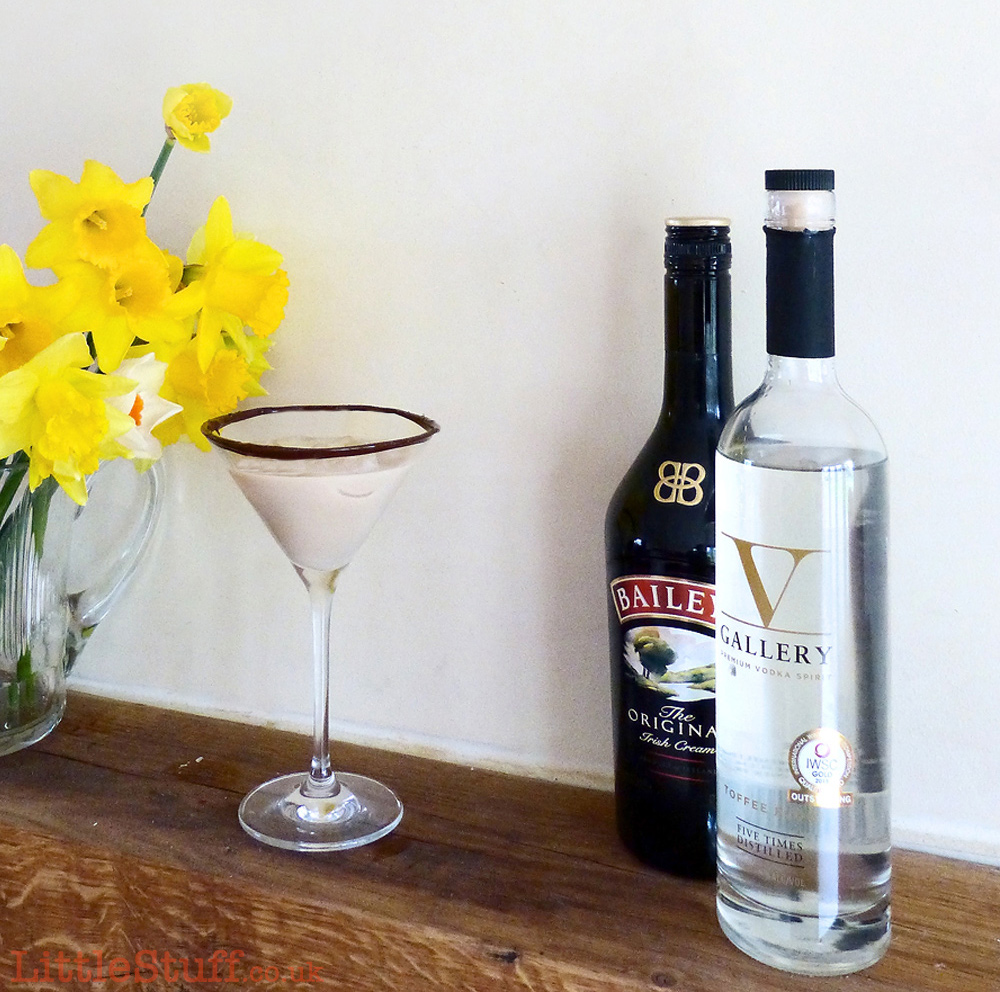 Baileys-Fudge-Martini-Easter-square