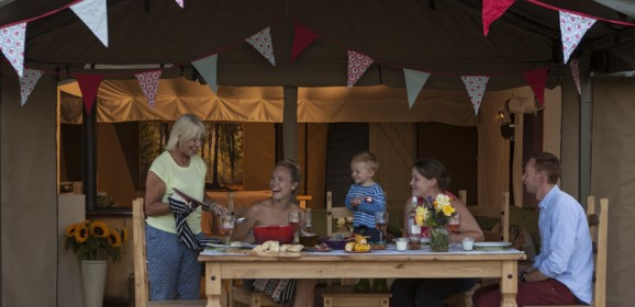Glamping in the UK – fancy it? | Travel Tuesday