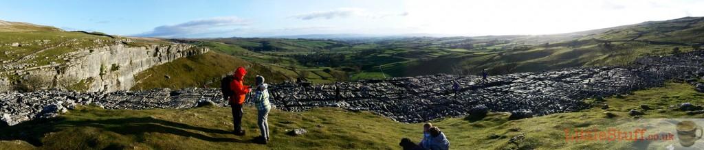 Yorkshire-dales-limestone-pavement-malham