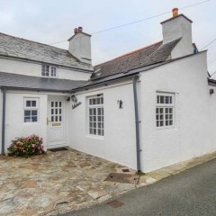 300yr old Cornish Cottage for half term, anyone?