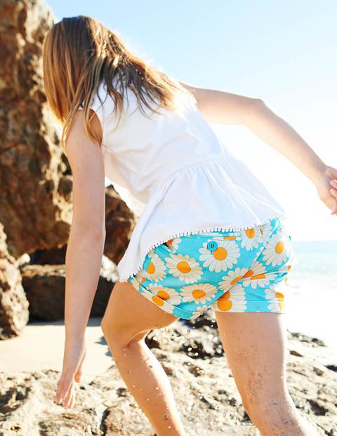 girls pull on shorts retro styles