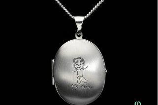 CLOSES MIDNIGHT! Win This Beautiful £140 Silver Locket for Mother's Day