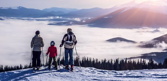 5 reasons to book early for your family ski holiday