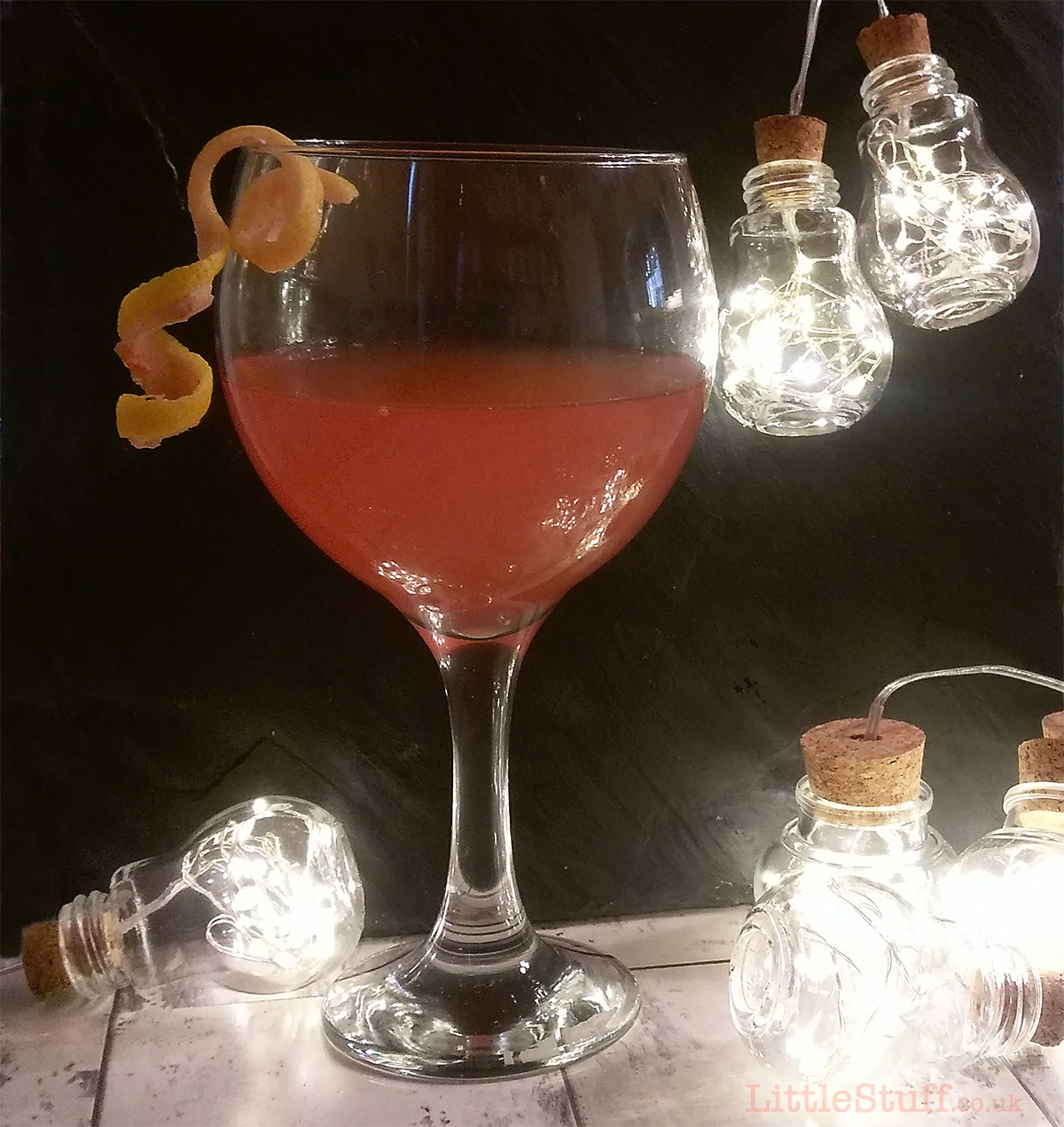 Silver wedding party cocktails sloe gin fizz pitcher for Pitcher drink recipes for parties