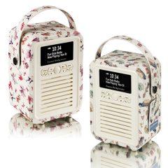 CLOSES MIDNIGHT! Win a fab £90 Retro Mini DAB Digital Radio from VQ | #LittleStuff24