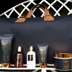 Baylis & Harding Black Pepper and Ginseng Weekend Away Travel Bag  : Fathers Day Gift Ideas