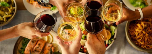 The Naked Guide to Wine Hacks – Perfect Dinner Party Success
