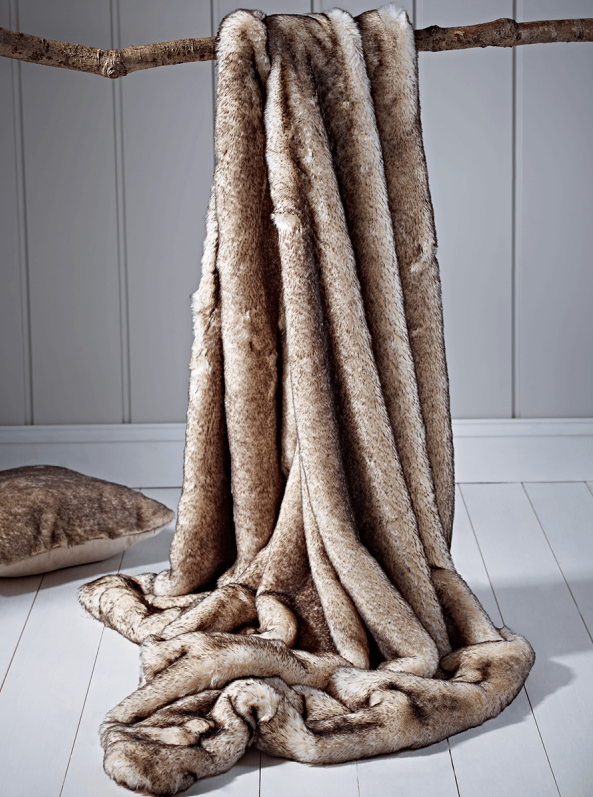 ersoft Faux Fur Throw - Snow Fox | Pre-Christmas Shopping