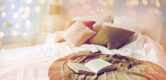 10 Easy Steps To A Welcoming & Cosy Guest Bedroom