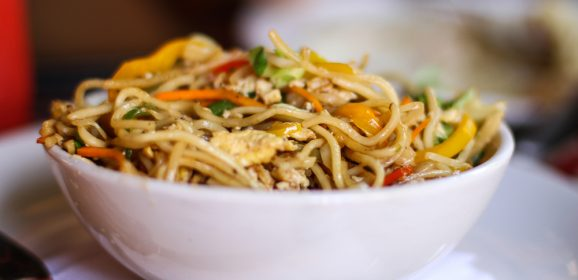 Takeaway to Fakeaway – Healthy Chicken Chow Mein recipe