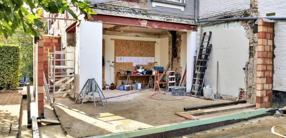 What are the common problems with building home extensions?