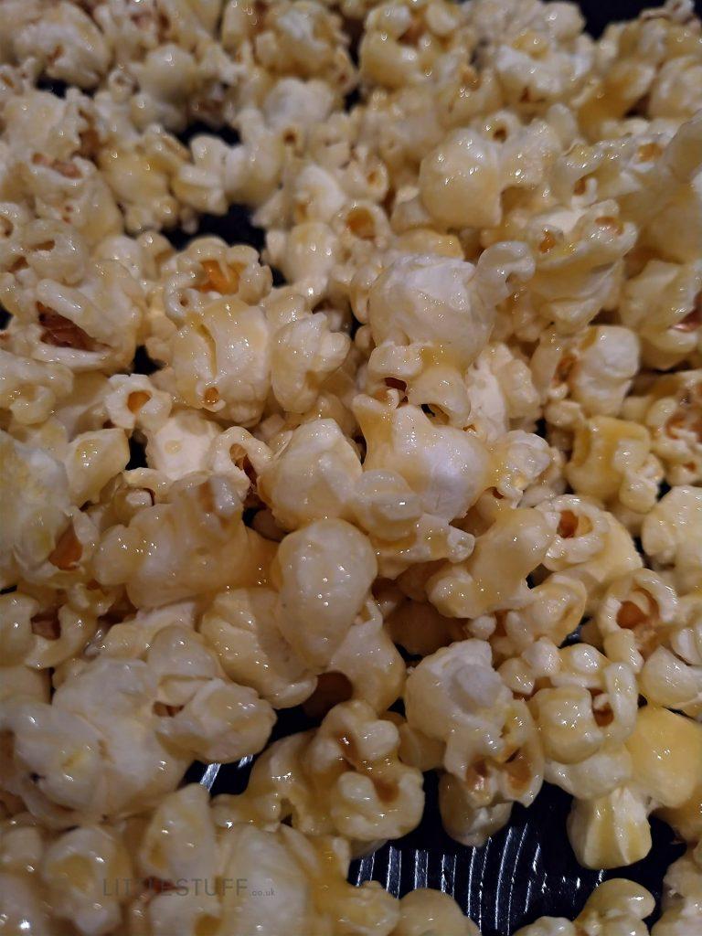 glazed Crunchy Butterscotch Popcorn Recipe