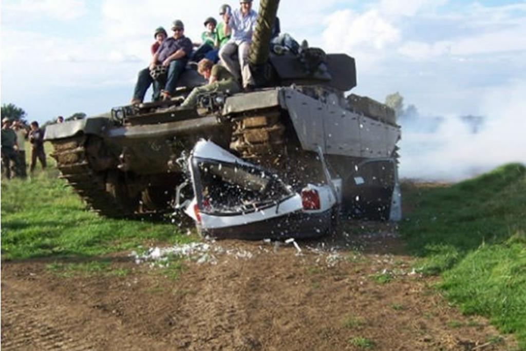 Tank driving day buyagift
