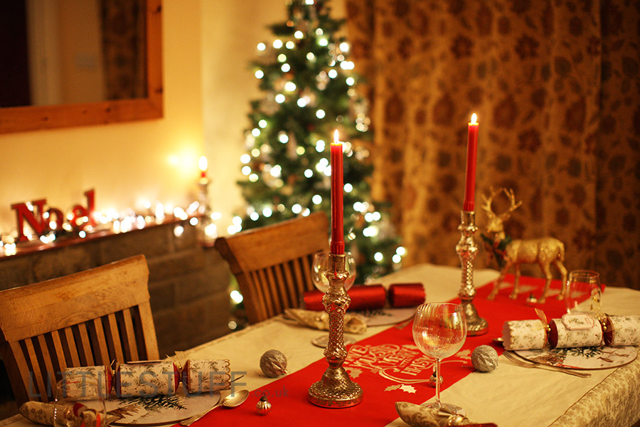 Dress The Christmas Table