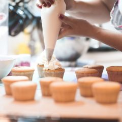 Easy Ways to Make Your Own Designed Cupcakes